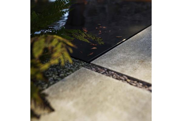Отделка террасы природным камнем